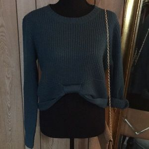Sweaters - Stunning bow tie sweater